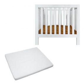 Cabino Baby Box Met In Hoogte Verstelbare Bodem Finn Wit Met Matras