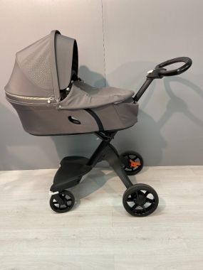 Showmodel Stokke® Kinderwagen Xplory® V6 Brushed Grey
